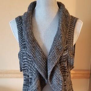 Dressbarn sweater vest ruffle collar 1X